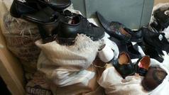 104 cüt ayaqqabı oğurladılar - AĞDAŞDA