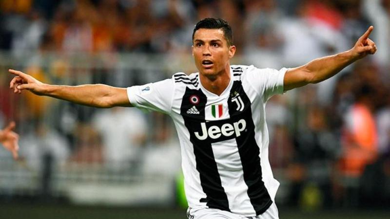 Ronaldo ən qiymətli oyunçu seçildi