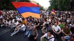 Ermənistan SİLKƏLƏNİR: Xalq AYAĞA QALXDI - BU GÜN...
