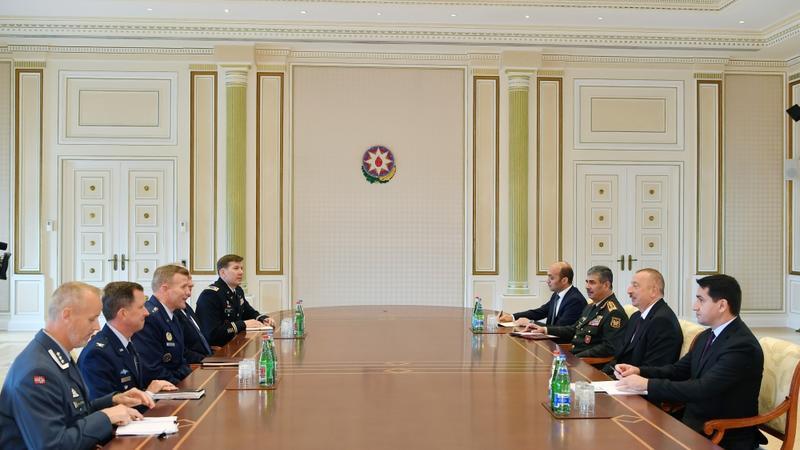 Prezident NATO Müttəfiq Qüvvələrinin Avropadakı Ali Komandanını qəbul etdi