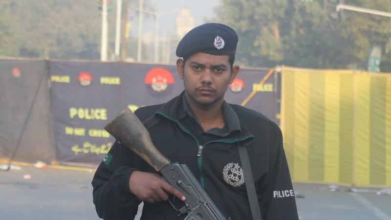 Pakistanda qarşıdurma: 3 hәrbçi hәlak oldu