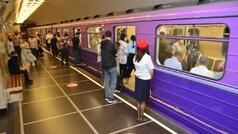 7 aylıq həsrətin sonu - Metrodan FOTOSESSİYA