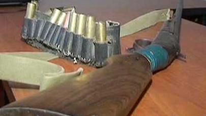 Bakıda maşından silah-sursat tapıldı