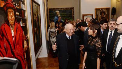 Mehriban Əliyeva  Tahir Salahovun Parisdə  sərgisinin açılışında iştirak edib