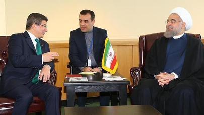 Davudoğlu ilə Ruhaninin Nyu-York görüşü qalmaqal yaratdı – FOTO